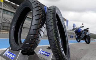 Мотоциклетные шины против бескамерных шин