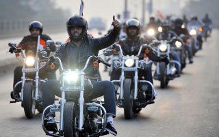 Езда на мотоцикле в группе