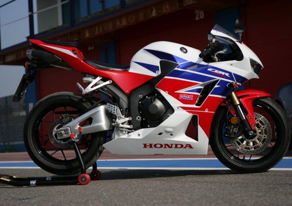 Honda CBR600RR, фото