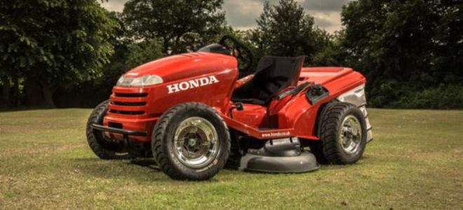 Honda построила газонокосилку, которая развивает скорость 216 км/ч