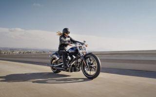 Правильное положение во время езды на мотоцикле