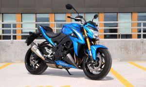 Suzuki GSX-S1000A — догоняет