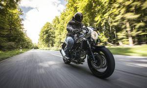 Новинка в линейке мотоциклов Suzuki – вечный кафе-рейсер V-Twin Roadsport SV650X