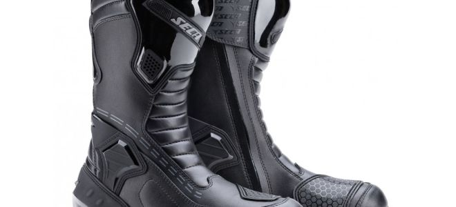 Мотоциклетные ботинки – сборник знаний