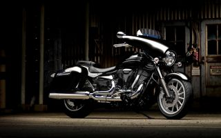 Чопер круизёр – Yamaha XV1900A