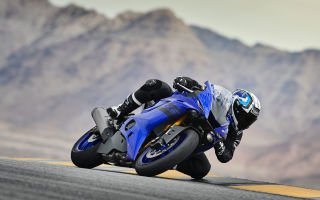YZF-R6 2017 — Yamaha прямо с трассы на трассу