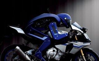 Робот умеет ездить на мотоцикле