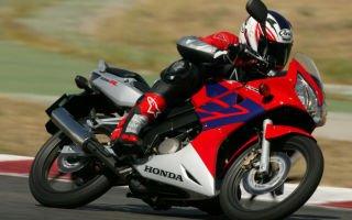 Обзор Honda CBR125R