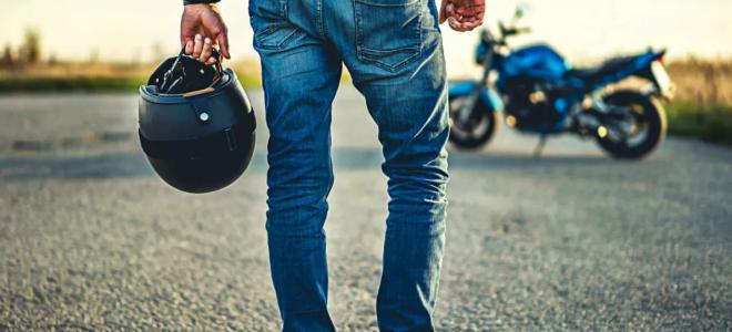 Как выбрать хороший и безопасный мотоциклетный шлем?