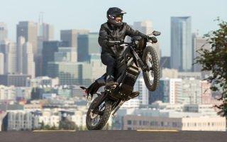 Проверьте мотоцикл, прежде чем отправиться в тур