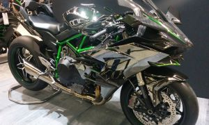 Kawasaki запускает линейку Ninja H2 2019 в Индии