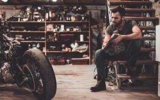 Как поменять масло в мотоцикле?
