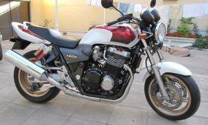 Мотоцикл Honda CB 1300: история, обзор, модельный ряд