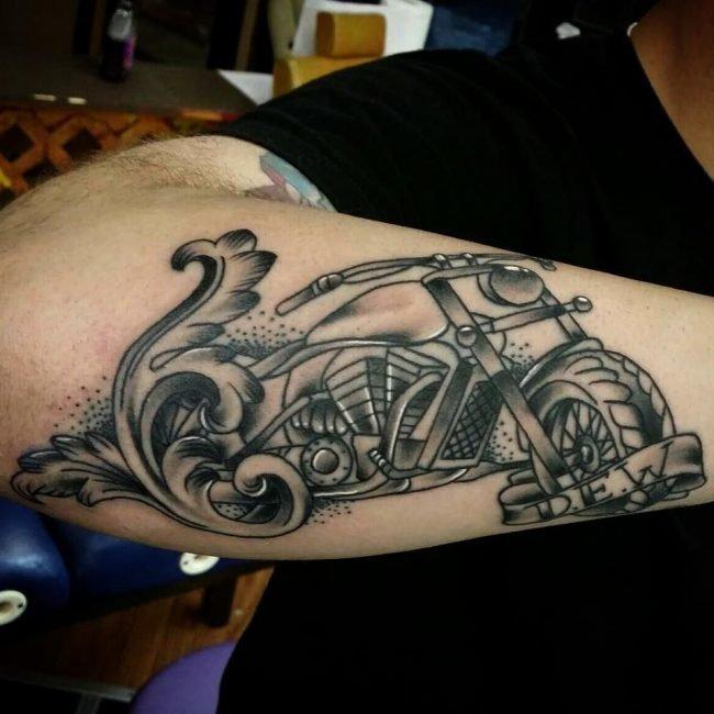 Тату для мотоциклиста