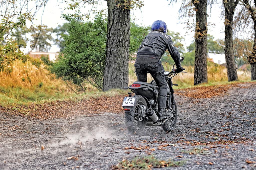 Benelli Leoncino 500 Trail
