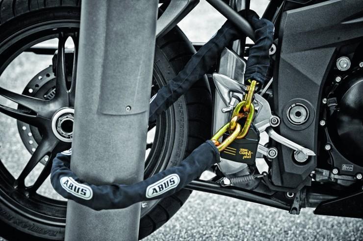 защитить мотоцикл от кражи
