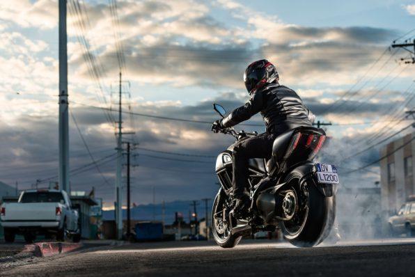 Ситуации, когда водители не видят мотоциклистов