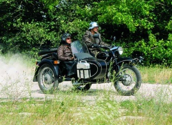 Легендарные советские мотоциклы - Днепр и Урал