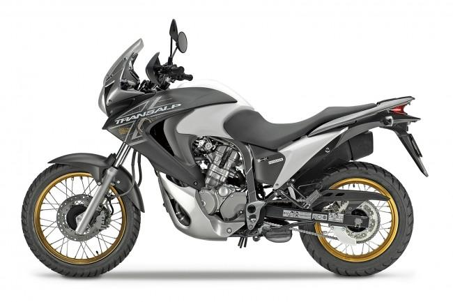 Внешний вид мотоцикла Transalp