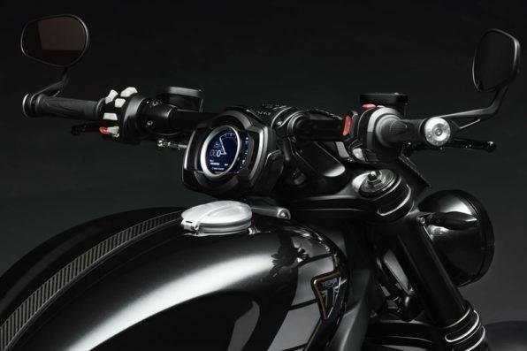Рулевое управление мотоцикла Rocket 3 R